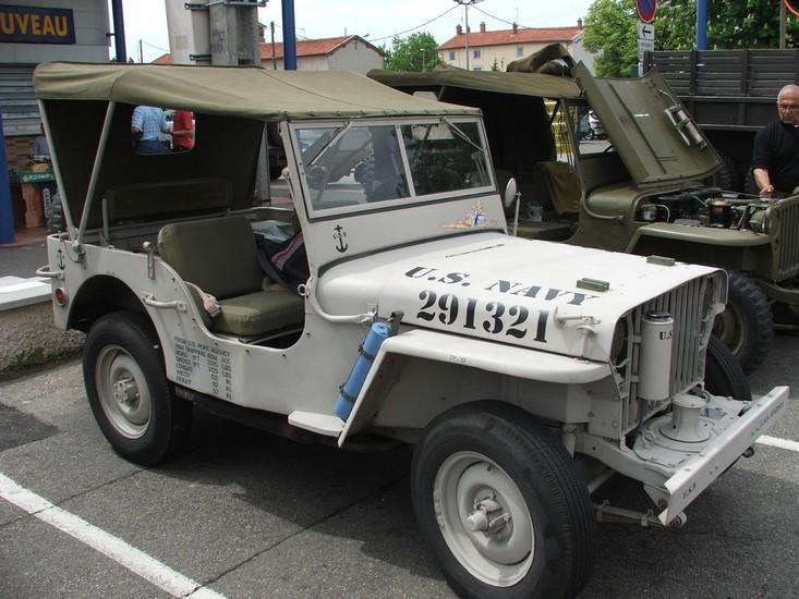 jeep navy