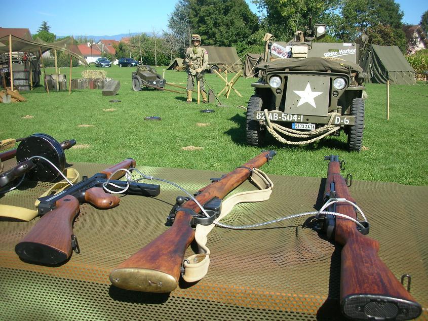 6e fete des vehicules miltaires Veigy 2011 AVM74